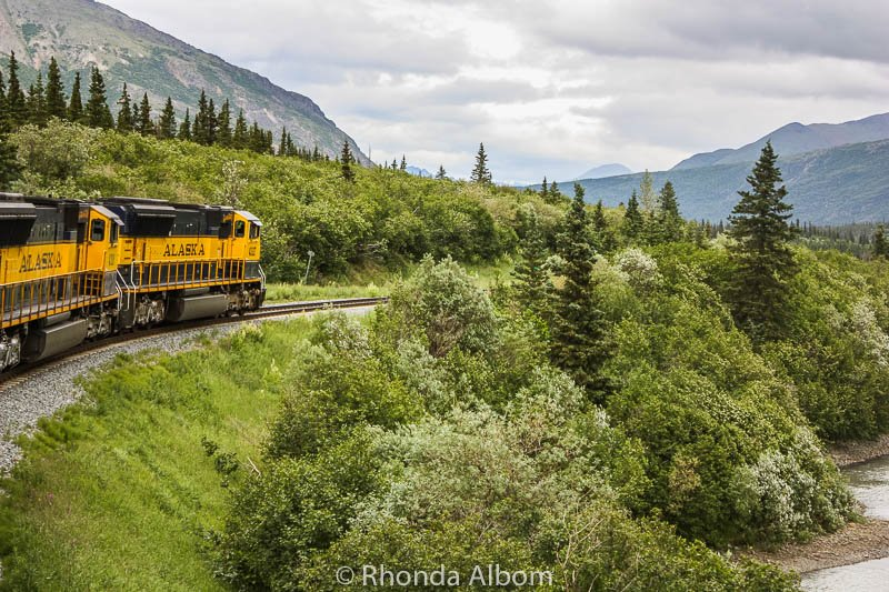 Panoramic Views as we Ride the Alaska Railroad from Denali to Anchorage  https://www. albomadventures.com/train-from-den ali-to-anchorage/ &nbsp; …  #travel #ttot <br>http://pic.twitter.com/lAmzsZVFl1