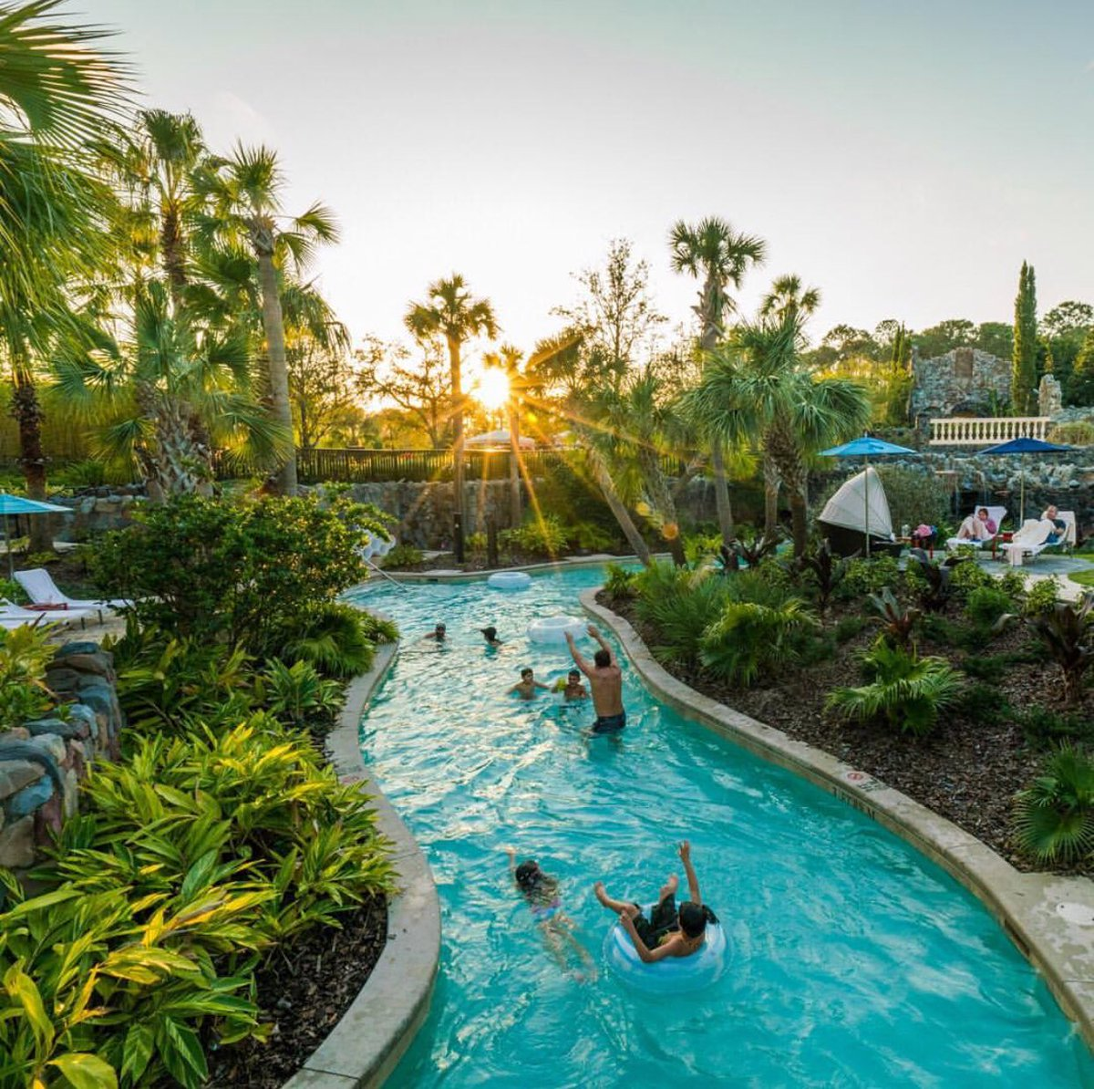 November doesn't get much better than this... until Thanksgiving Day! What are your holiday plans? (: @TravelBabbo) #FSOrlando #LoveFL #Regram <br>http://pic.twitter.com/sQhm1pVPwE