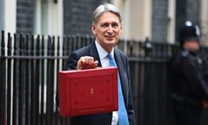 Showing your briefcase cos budget whOOOOOOOOo https://t.co/qWJq2N0NS5