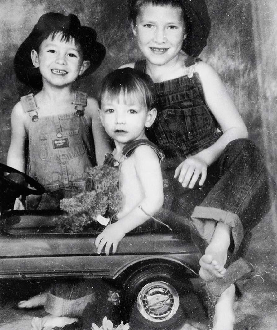 The baby is now 21, Happy Birthday @emersonbarrett.    #palayeroyale #happybirthday  Want us to recreate this photo? <br>http://pic.twitter.com/wq4T55p2IZ