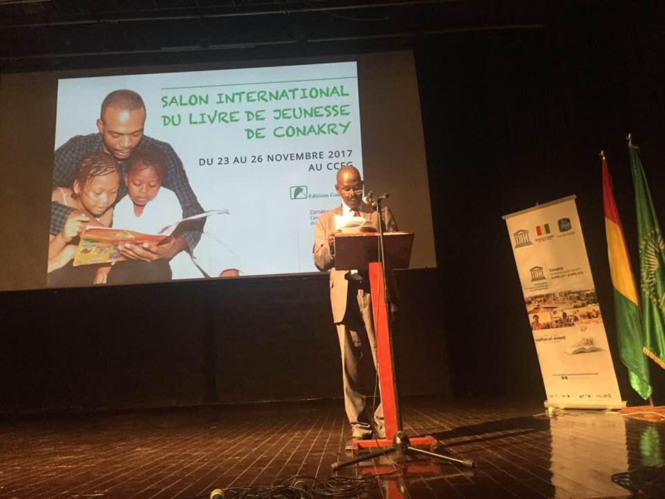 #Guinee Ouverture du salon international du #livre de #jeunesse de #Conakry par les éditions #Ganndal dans le cadre de @Conakrylivre capitale mondiale du #livre 2017  #UNESCO #Education #litterature #Africa @sansyk @laminegazza @ebambapic.twitter.com/b9IU3OviGy