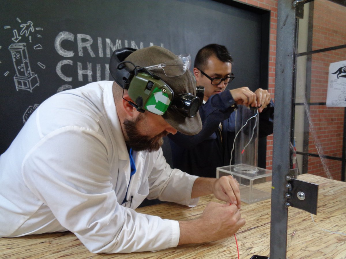 A brand-new #MythBusters -- Chimney Cannon -- is airing RIGHT NOW on @ScienceChannel!
