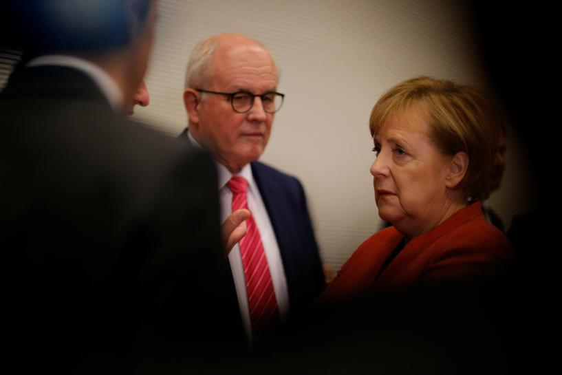 Merkel ally urges Social Democrats to consider new German 'grand coalition' https://t.co/EFtvivxiH4 https://t.co/IRQR3EbQbY