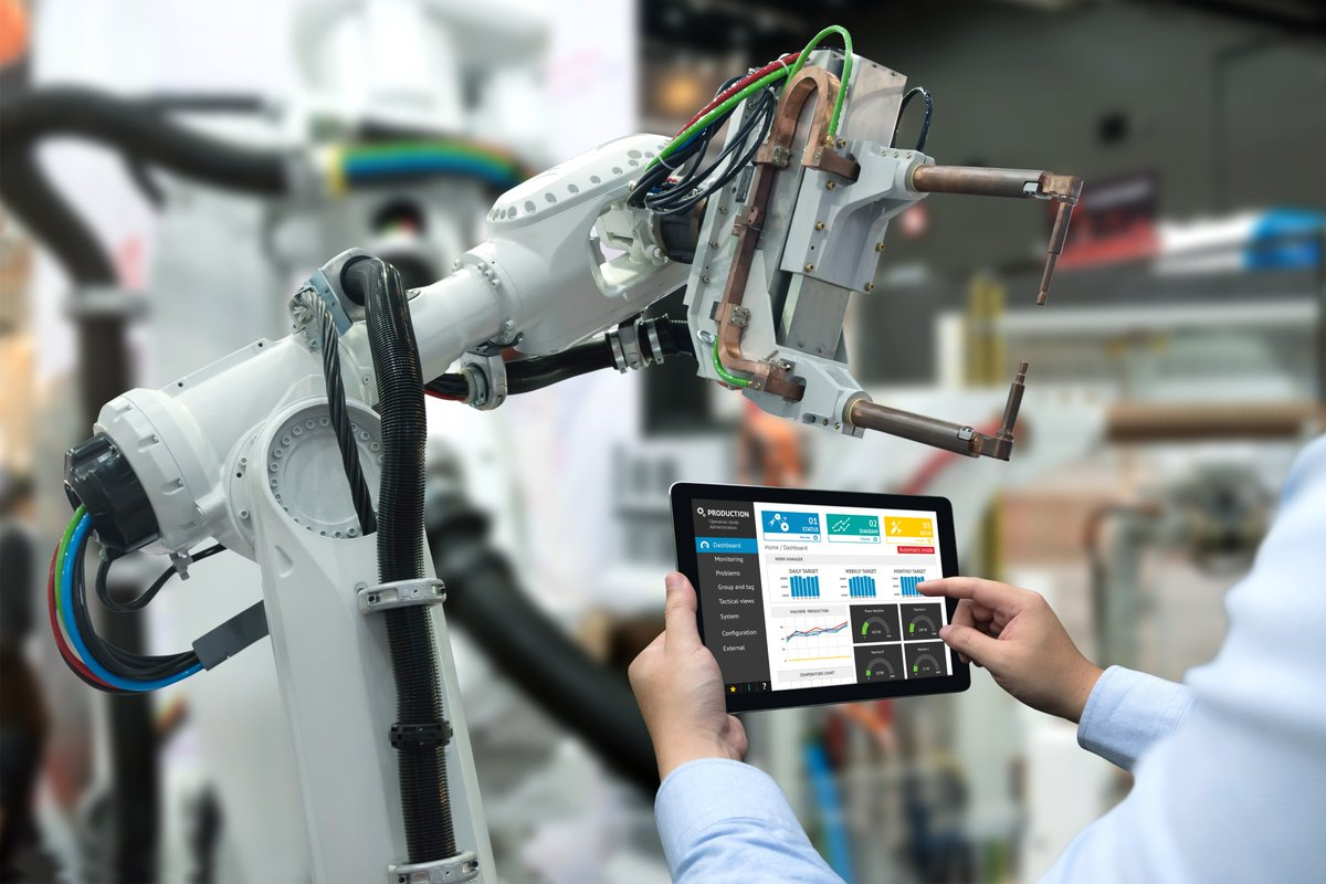 #Funding Available! #Research for effective industrial human-#robot collaboration  http:// bit.ly/2xVObDz  &nbsp;    | #FoF_EU #Robotics #innovation #SmartManufacturing #Horizon2020 #InvestEUResearch<br>http://pic.twitter.com/9b9ielbeBB