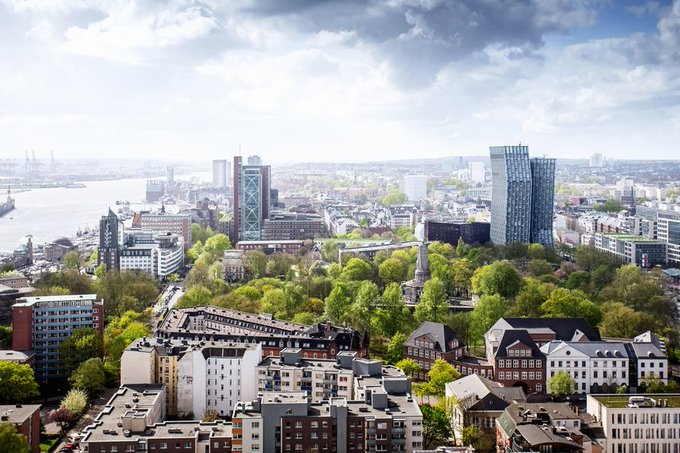 Das Colliers #Hamburg Team steigert weiter seinen Marktanteil in der #Bürovermietung: im Q3 2017 auf 15%.  t.co/gQW7m08HEz