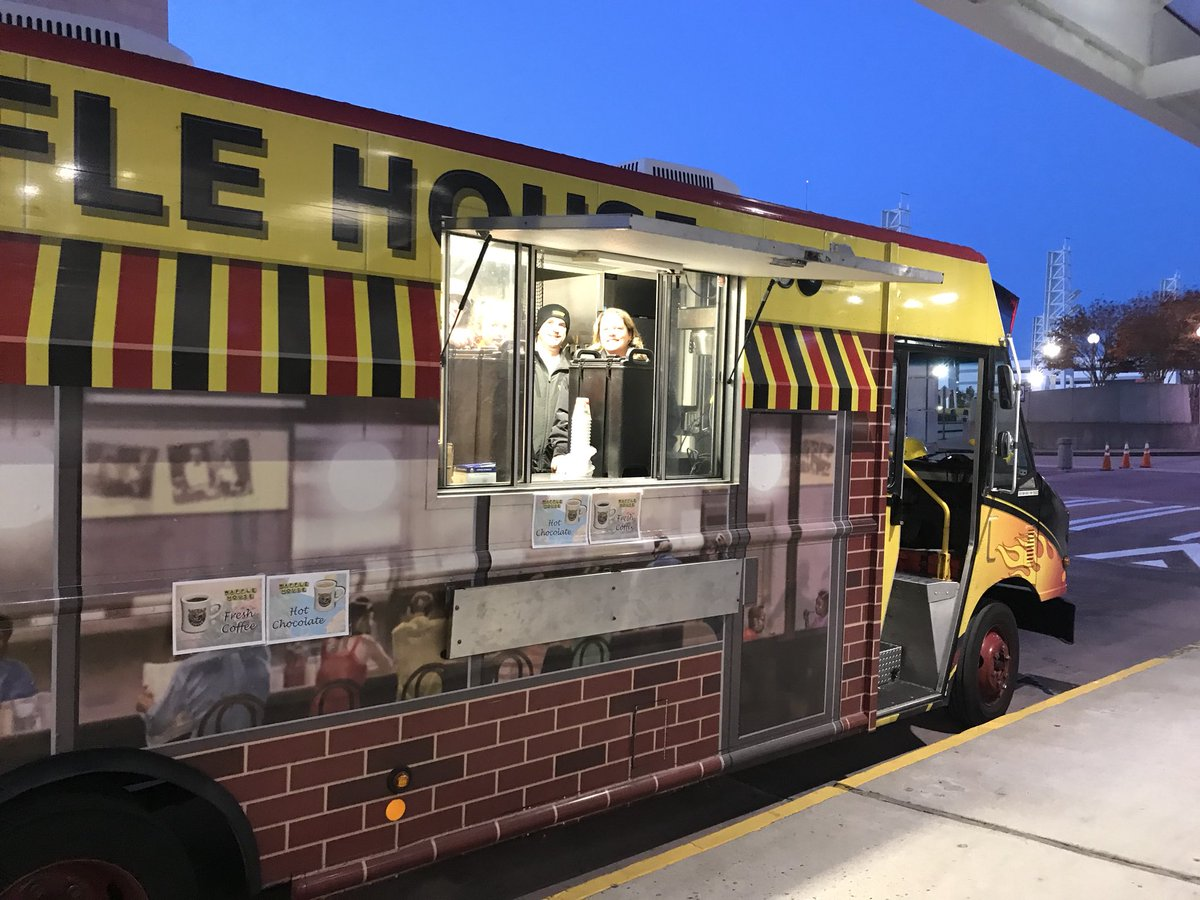 Waffle House News On Twitter At Wafflehouse Food Trucks Rolls To