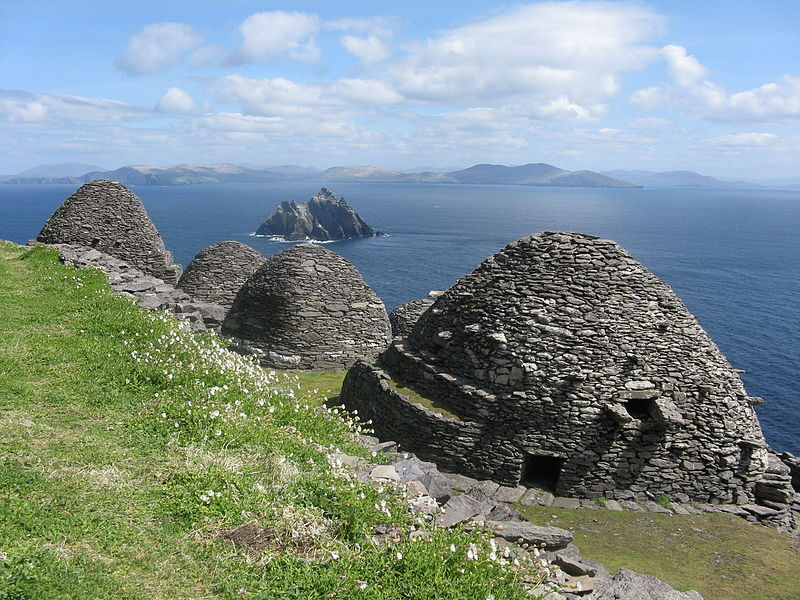 Some more images of #SkelligMichael where part of #StarWarstheLastJedi was filmed! Skellig Michael is named after it&#39;s patron #saint - the #archangel #Michael! It is designated as a #UNESCO #WorldHeritageSite. Both of the Skellig islands are also known for their seabird colonies.<br>http://pic.twitter.com/Rp4GfqMWYF