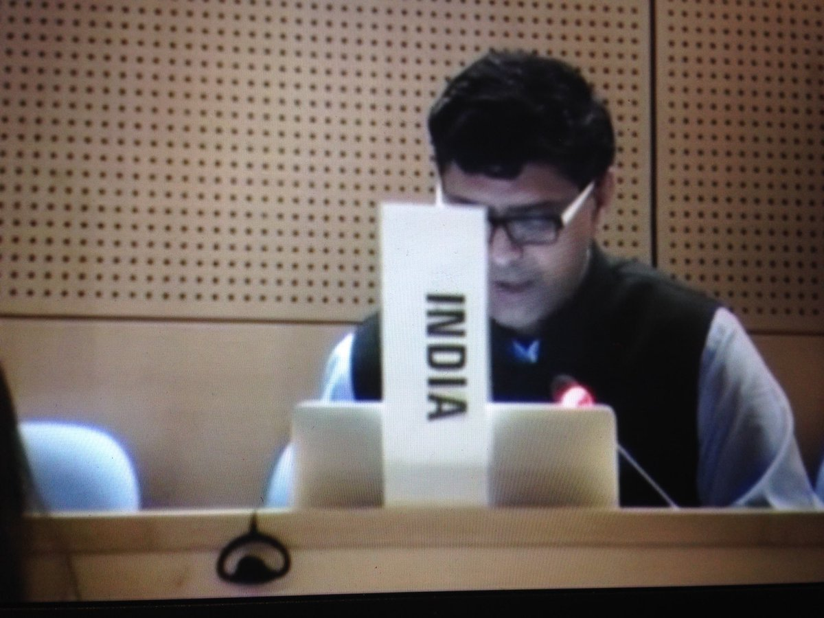 India requested clear mentioning to Reseah and Development principles as detailed in the Consultative Expert Working Group on R&amp;D ( CEWG) with in GPW #WHO #GPW #EBSS4 @Ele_Villanueva @MSF_access @juditrius @Kathersuch<br>http://pic.twitter.com/yn99dQrrc9