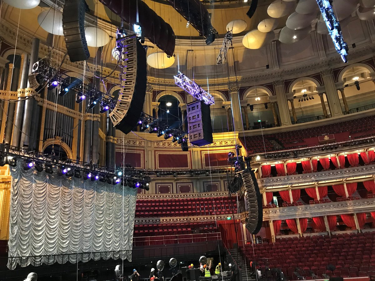 Yesterday&#39;s Imelda May #MLA rig being flown at the Royal Albert Hall with @Capital_Sound. What a night!<br>http://pic.twitter.com/Vm22U4LPZo