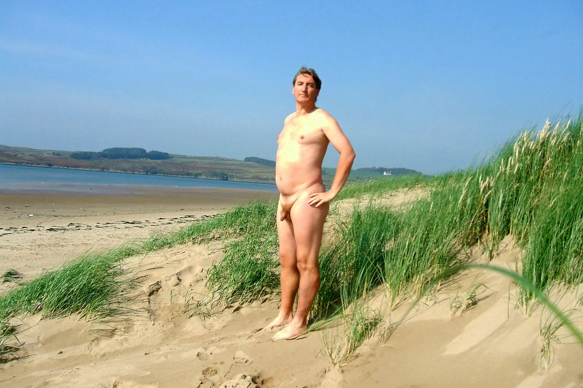 Can help Naturiste nude naked beach interesting
