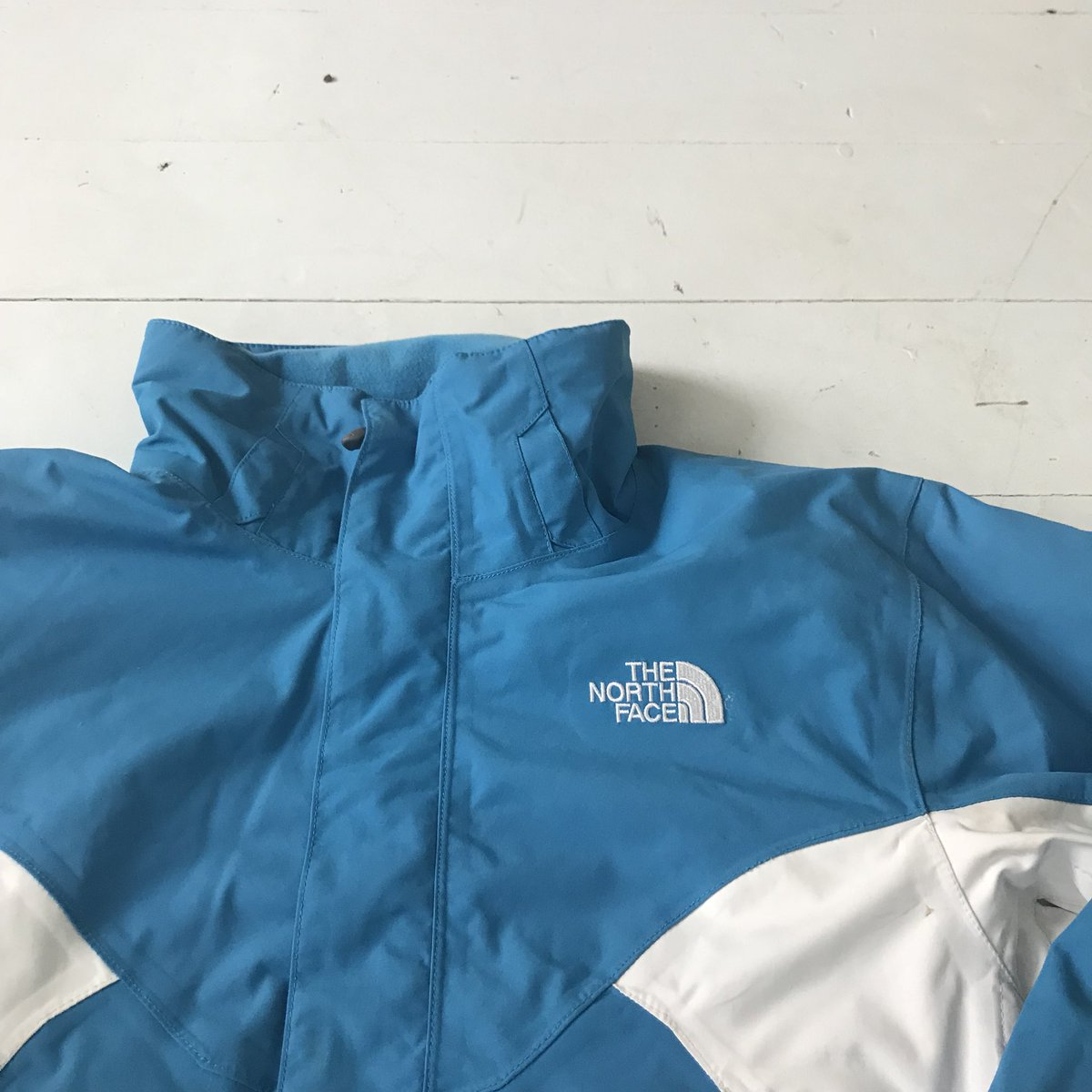 Apex Store On Twitter Blue White North Face Hyvent Jacket Condition 8 10 Size M Price 50 Northface Thenorthface Jacket Hyvent Outerwear Menswear Womenswear Unisex Clothing Fashion Streetwear Vintage