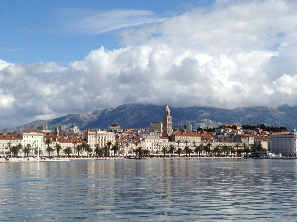 #Croatia's second-largest city #SPLIT will capture your mind and steal your heart  http:// bit.ly/2b9w8eF  &nbsp;  <br>http://pic.twitter.com/WDau4fPaAy