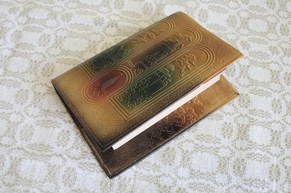 #Leather #Book #Cover #Olympic #Games #Moscow 80  Leather #Case #Embossed #Kremlin #Saint #Basil&#39;s #Cathedral #Notebook Cover  with #Bookmark #Soviet #Gift  http:// etsy.me/2zJedeo  &nbsp;   @Etsy_com<br>http://pic.twitter.com/try1rmSfJj