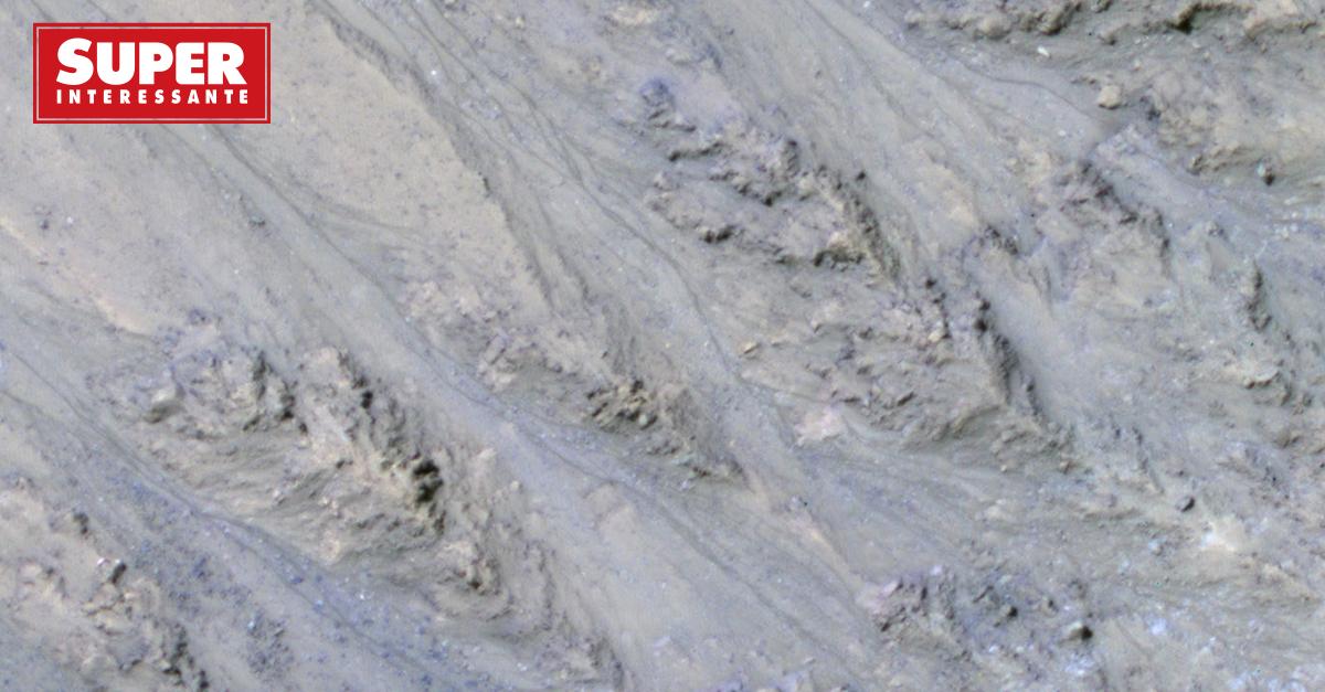 Lembra quando a Nasa achou água em Marte? Parece que era areia: https://t.co/CaG6E2hHV9