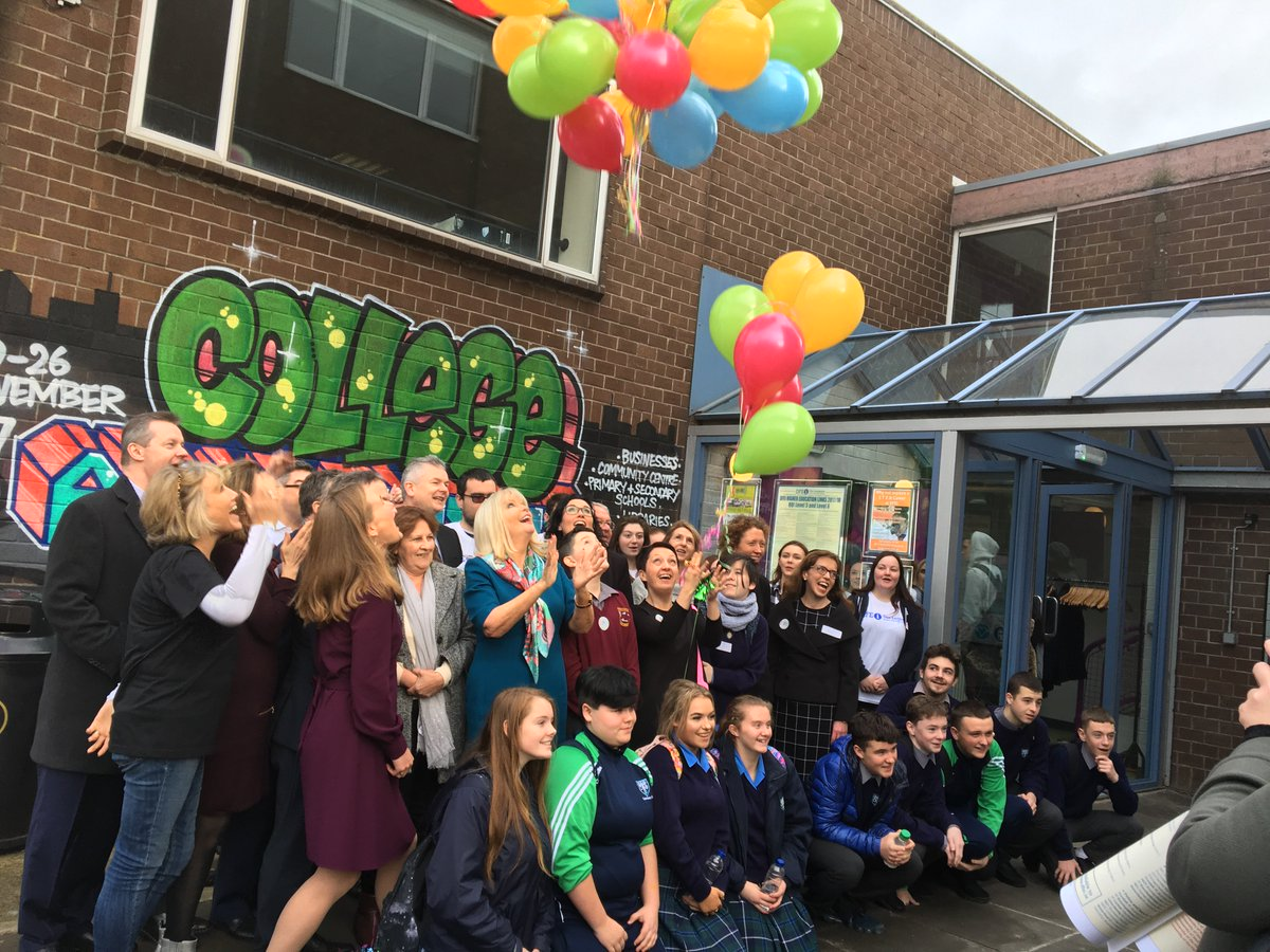 As #CAW almost draws to a week close tomorrow a reminder of what went on in #Dublin see here how it all started #Careers #Skills #FE #HE  http:// regionalskills.ie/Regions/dublin /News/Minister-Mary-Mitchell-O%E2%80%99Connor-launches-College-Awareness-Week-.html &nbsp; … <br>http://pic.twitter.com/E1K8NobX9s
