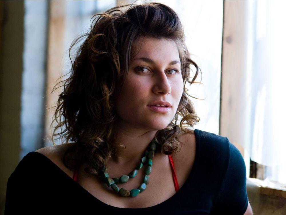RT @VancouverSun: Salt Spring Island poet Alessandra Naccarato lands CBC Poetry Prize.  http:// ebx.sh/2mU0Se7  &nbsp;   #poetry #SaltSpringIsland #BC <br>http://pic.twitter.com/plhpXOjlbR