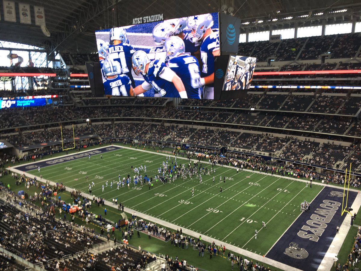 Empty seats aplenty in Dallas for Chargers Vs. Cowboys