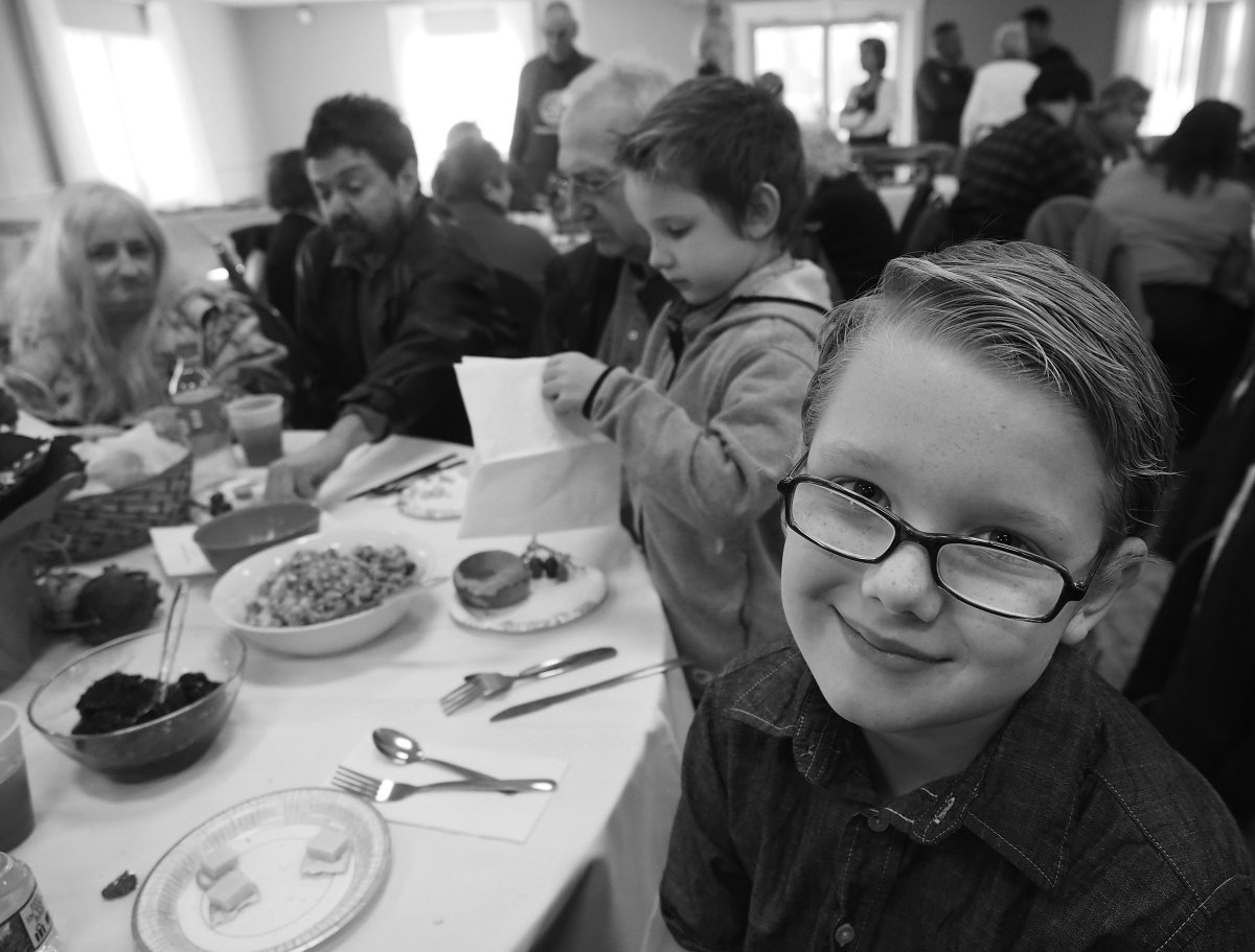 Dreyden Gielarowski 9, of #Rochester, and his family, attend the #PortsmouthNH Rotary Club&#39;s 46th annual community #Thanksgiving dinner. @PortsNHRotary @seacoastonline<br>http://pic.twitter.com/VT080xiSmv