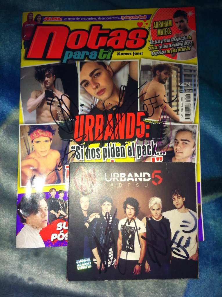 Ya tengo la revista y el disco firmados....