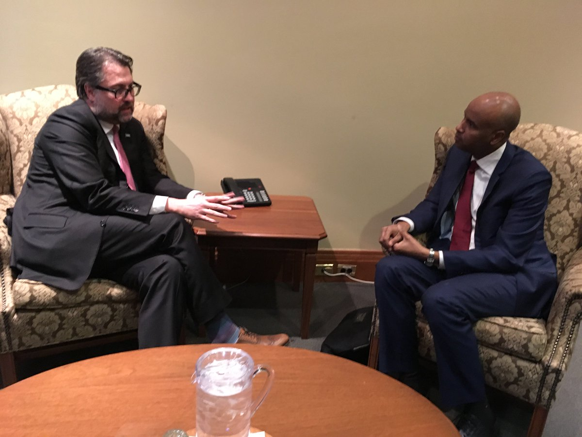 Bilateral meeting with my Federal counterpart @AhmedDHussen concerning the promotion of diversity and immigration = solution to workforce shortage in Québec&#39;s regions before the Ad Hoc Intergovernmental Task Force on Irregular Migration committee. #polqc #canpoli<br>http://pic.twitter.com/i3kHz1gzZn