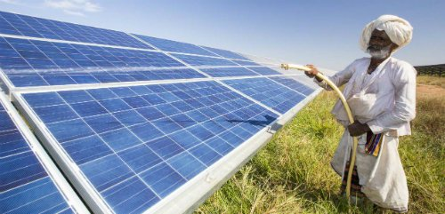 India's #Green Shift to #Renewables  http://www. theenergycollective.com/simran-talwar/ 2417222/indias-green-shift-renewables-fast-happening &nbsp; … <br>http://pic.twitter.com/e1lsTX18kP