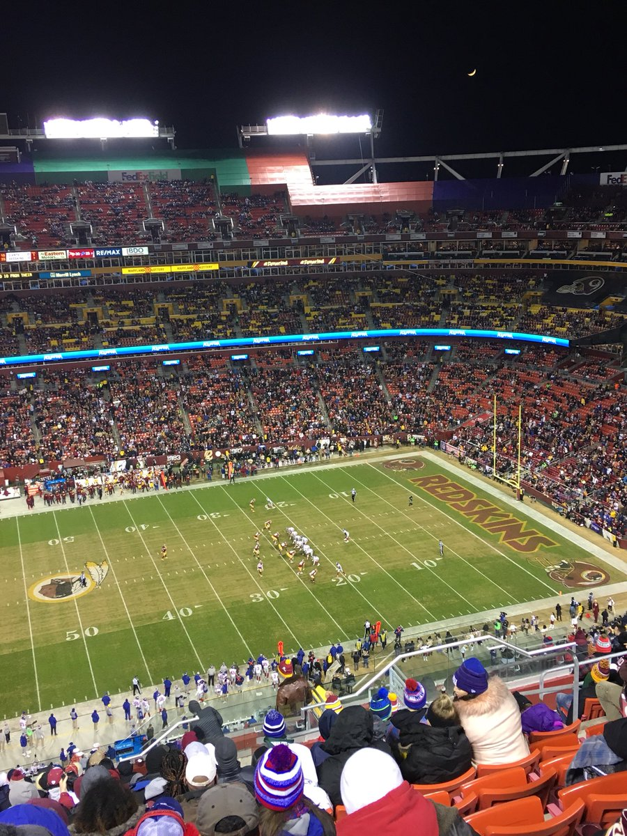 Half empty stadium for Giants Vs. Redskins