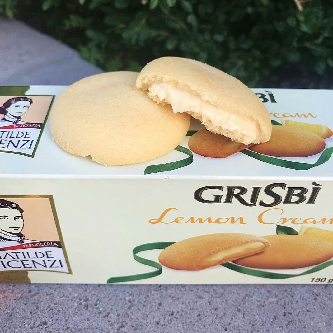 These Cookies are out of this  delicious!  If you&#39;ve had the opportunity to try them you know exactly what we&#39;re talking about  #lemonfilled #grisbi #cookies #biscuits #pastry #finepastry #biscotti #patisserie #lemon #italian #italy #incredible #delicious #food #foodie<br>http://pic.twitter.com/1wZo6v686r