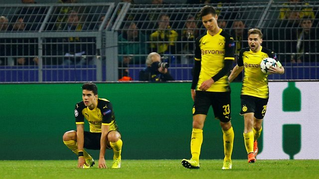 #Bundesliga preview: Pressure mounts on #BorussiaDortmund as #Schalke visit for Ruhr derby  http:// dnai.in/f9EQ  &nbsp;  <br>http://pic.twitter.com/g8V1OiEgnQ
