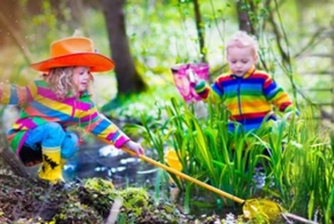 #ForestSchool gives #children a #positive mindset towards #school by @daynurseriesuk  http:// ow.ly/wk6Q30gdXE1  &nbsp;    H/T @ForestryCommEng Practised and proven by @CommuniTreeIn<br>http://pic.twitter.com/KXtLR30yNj