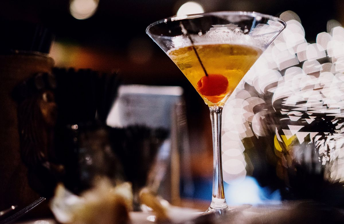 Martinis are about to get cheaper in China @frostyhk  https://t.co/5kAgznW58v