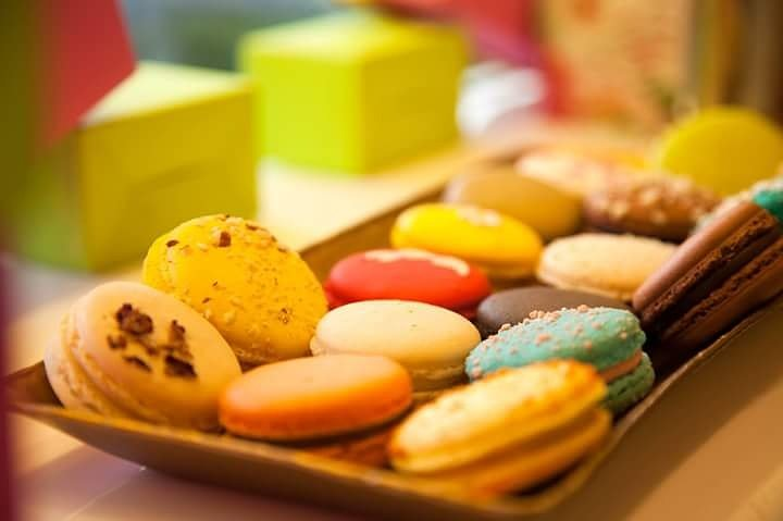 Its impossible to have just one!  #macarons #CakePops #cakes #Cupcakes #cheesecakes #danielpatissier #DANIELPÂTISSIER #pastry #patisserie #love #dessert #bandra #Mumbai<br>http://pic.twitter.com/HAWJjXYhSE