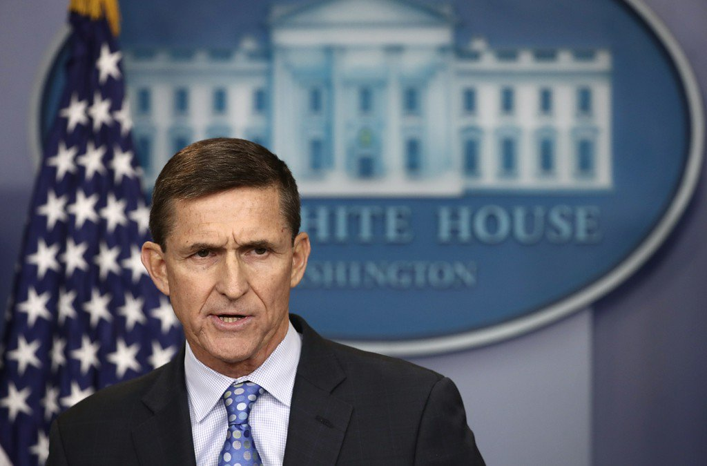 Report: Flynn splits from Trump lawyers; may mean cooperation with Mueller https://t.co/wzKw0ds3F4