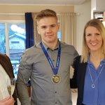 Vantaa on hyvä paikka ponnistaa maailmalle ja menestykseen. Kävimme @Kallislahti kanssa onnittelemassa Elias Kuosmasta painin MM-hopeasta nuorten alle 23-v kisoissa. Onnea ja tsemppiä tulevaan Elias! @VantaanKaupunki #paini #Vantaa
