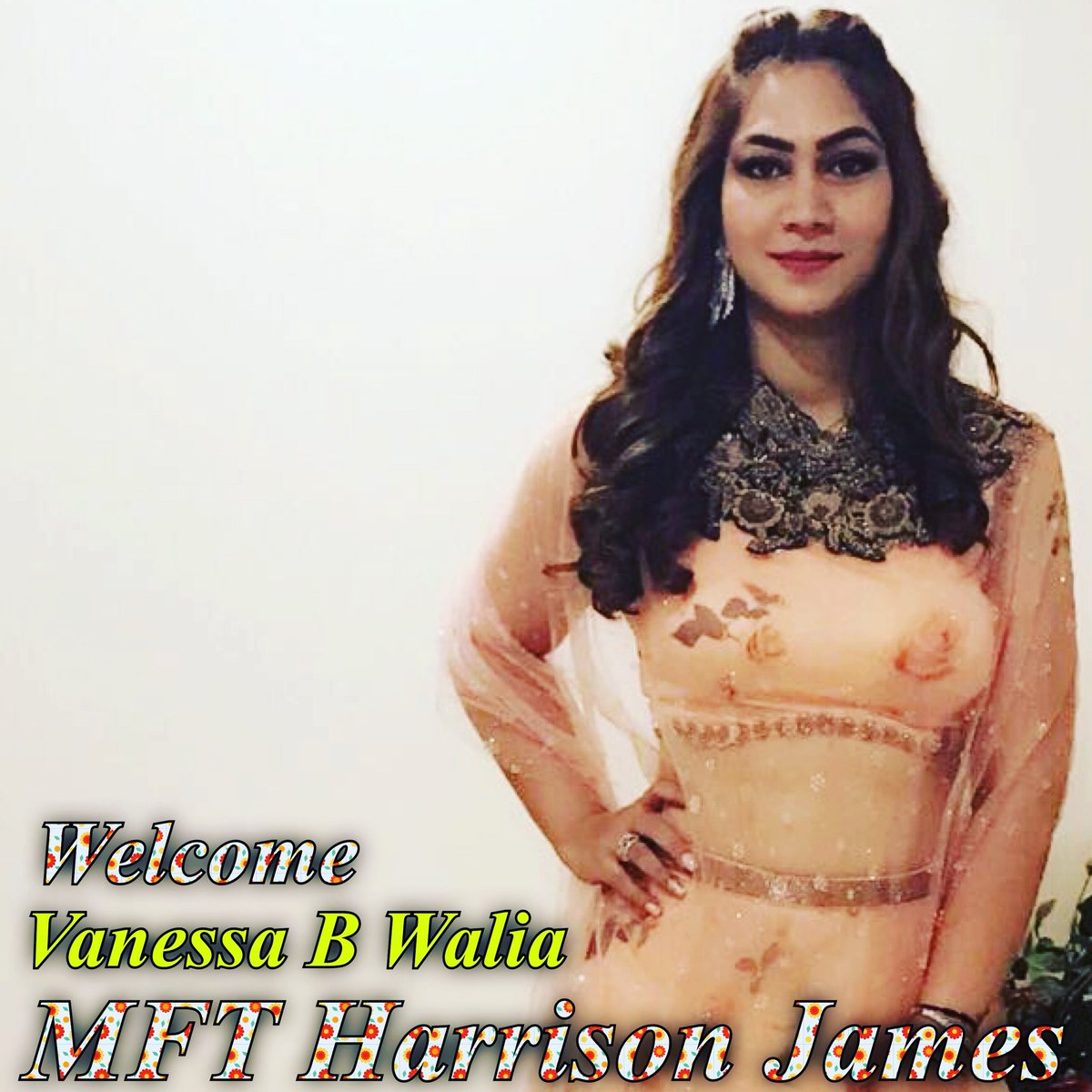 Welcome Vanessa @vanessabwalia at #MFTHarrisonJames 👊 Working on #Her #Transformation #StudTraining Rocks ✌️ https://t.co/tyfJre1Rok