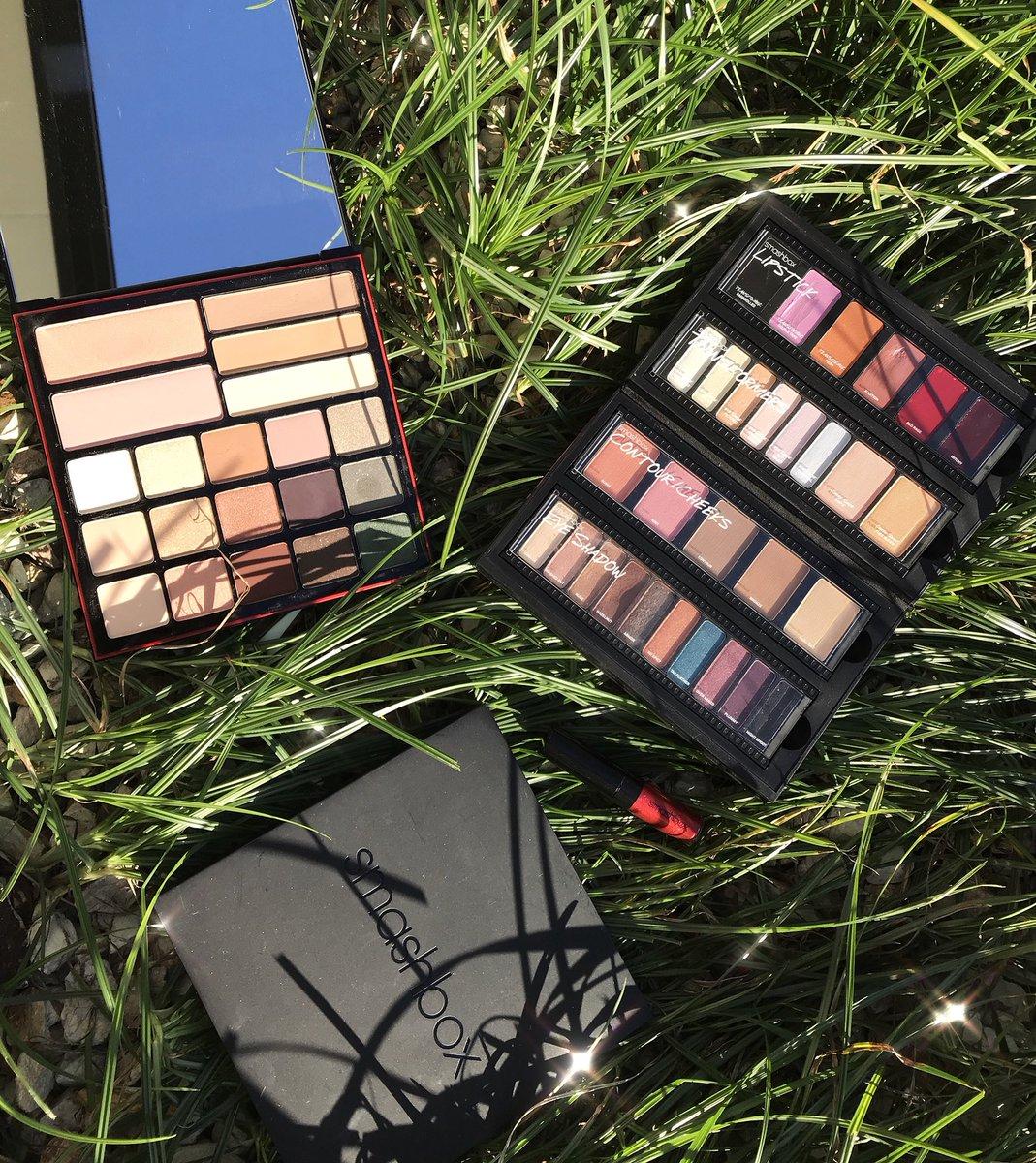 Loving my @Smashbox collection!!! #lippalette #contour #blush #highlight #transformers https://t.co/SAXJWmWMSX