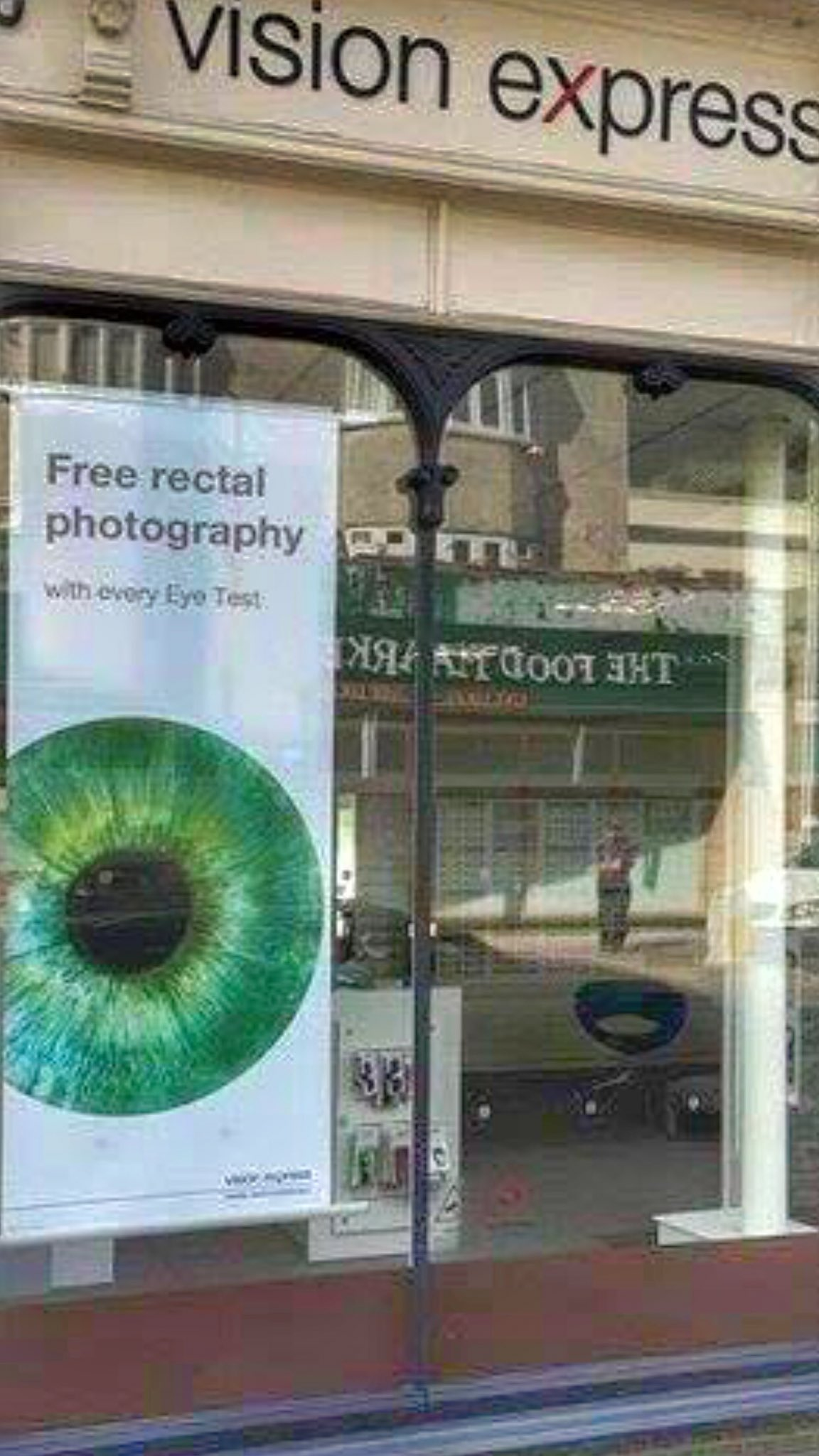 Going to give @VisionExpress a miss for a bit... https://t.co/CklNEeFtNS