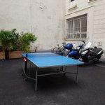 Chômage technique: où sont les raquettes de  Ping pong ???