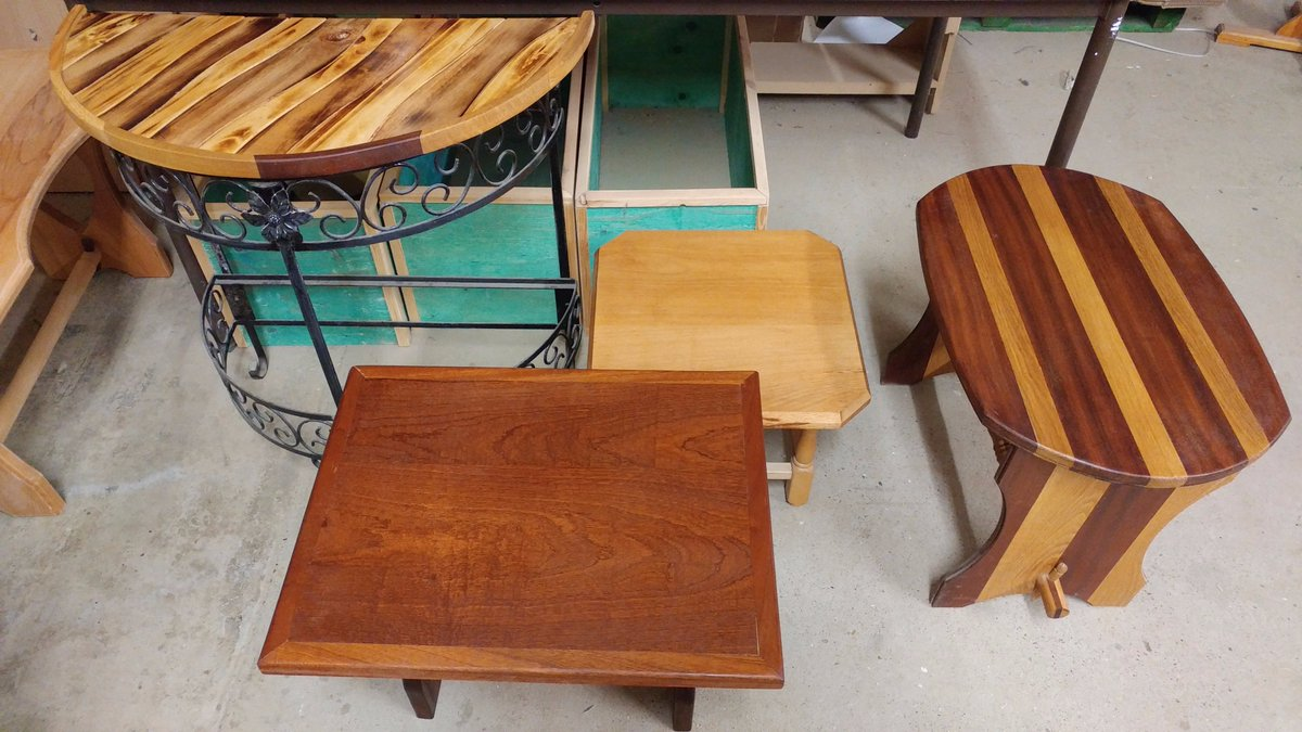 Wonderful coffee / side tables made here at the Pelican Trust :O High quality makes crafted in our joinery workshop #lincoln #charity #lincolnshire #woodwork #joinery #HandmadeHour #HHLunch<br>http://pic.twitter.com/8RjkI1BmLG