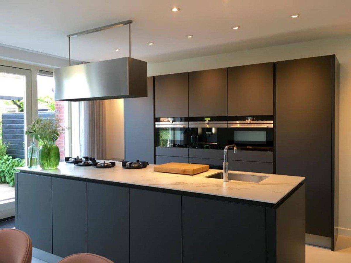 Design Keuken Breda : Design keuken breda luxe stuut keuken design geautoriseerd bora en