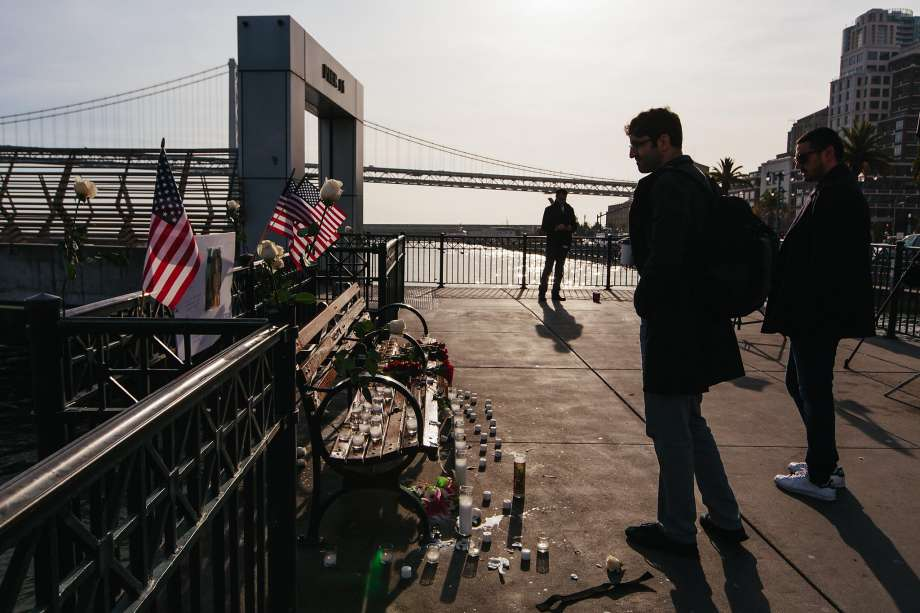 San Francisco newspapers says 'alt-right' set up Kate Steinle shrine at Pier 14