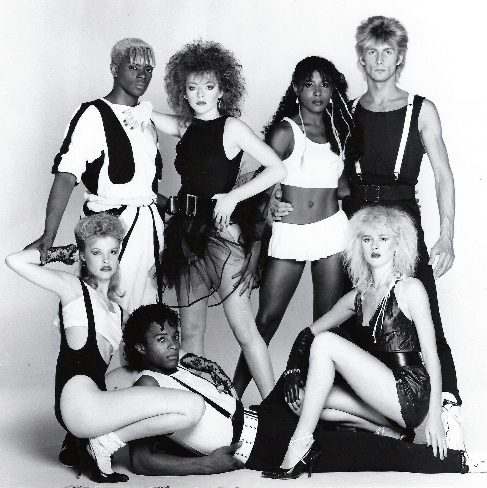 One of my Hot Gossip gangs featuring @sinittaofficial ✨#fridaynightfabulous #fashionflashbackfriday https://t.co/TQE4RRFF5N
