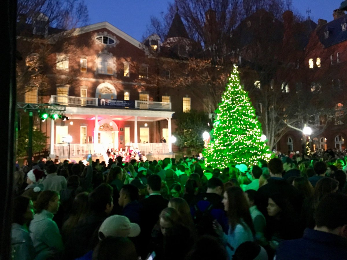matthew carnes sj on twitter the holiday season begins christmas tree lighting georgetown favoritetimeofyear