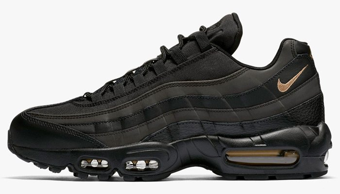 promo code e40b7 d3a29 NEW black/metallic gold Nike Air Max 95 PRM is available at  @Sneakerpolitics http://bit.ly/2B8KoB9 pic.twitter.com/a4ts0o4NCX