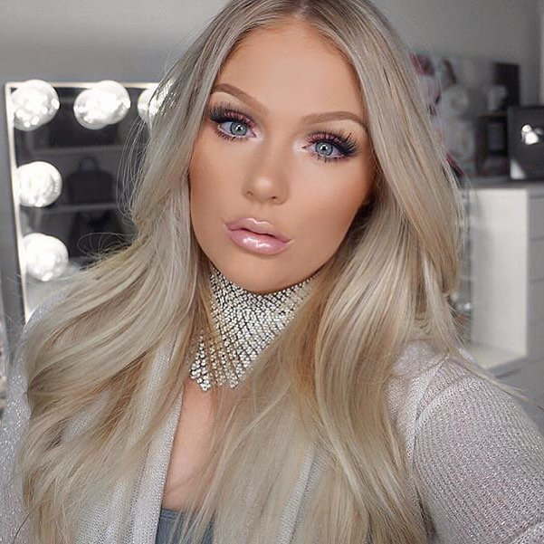 Candied look from @kelly_janexx using the new Too Faced White Chocolate Bar Eye Shadow Palette  Available now at @sephora and on  http:// toofaced.com  &nbsp;  ! Shop it here:  https:// goo.gl/5nXLRw  &nbsp;   #regram #tfchocolate #toofaced<br>http://pic.twitter.com/ZKR1c3XyaN