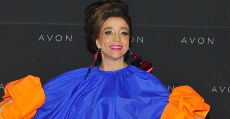 Marisa Orth vira sensação ao aparecer com look controverso em evento -> https://t.co/0oVXl2NCpo