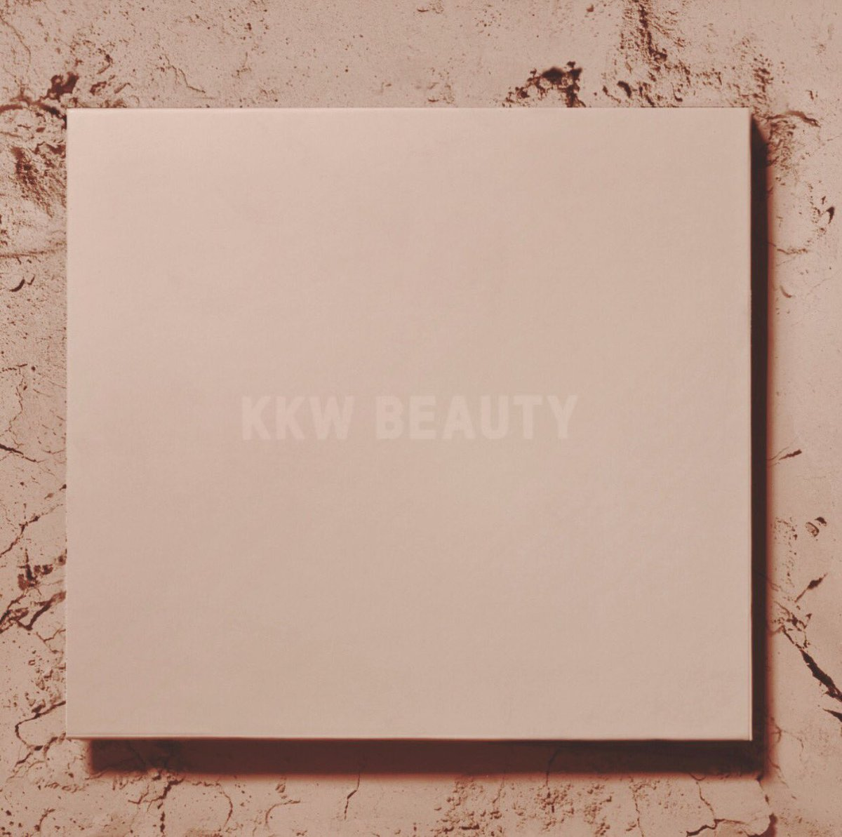 KKW BEAUTY Contour & Highlight Kits are on sale for Black Friday up to 30% off! Go to