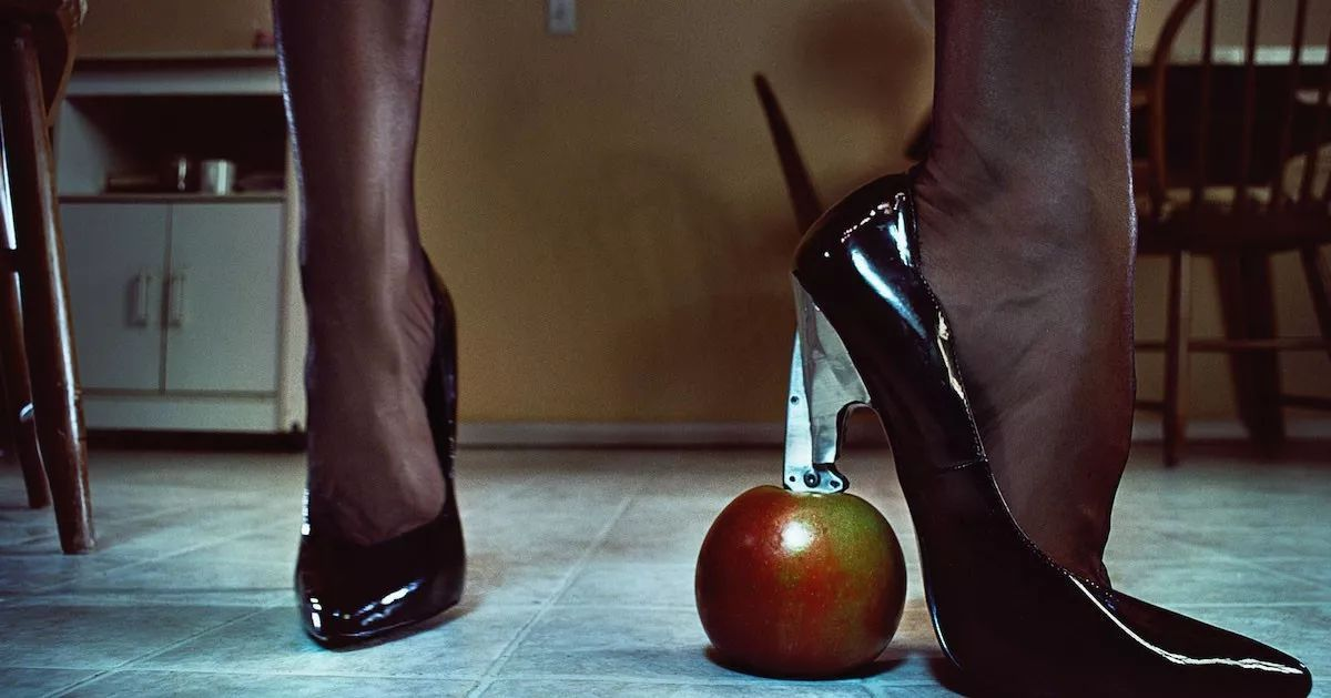 An apple a day keeps the doctor away...  Don&#39;t get a cold. Get trampled.  #Femdom #trampling #highheels #dominatrix #TheHague #DenHaag <br>http://pic.twitter.com/YvpBu3RN7E