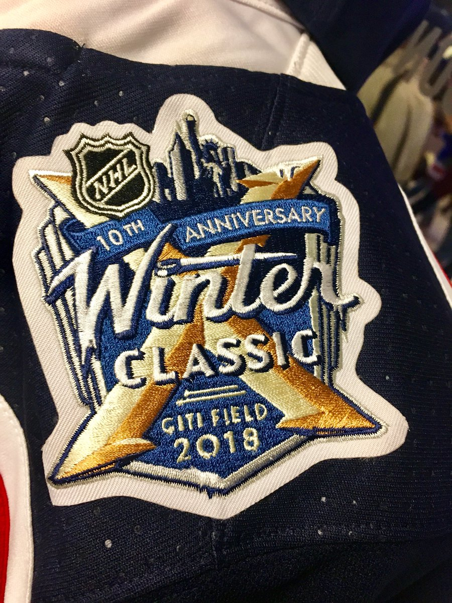 Blueshirts Faux It WAY Back For Winter Classic  72bd2de65