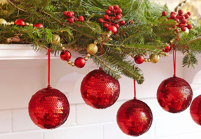 lowes on twitter glam up your house with our up to 25 off select christmas decorations lowes httpstcom5nhmmm4lc
