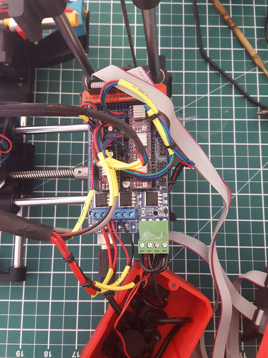 Finally getting round to wiring the #adoptabot after waiting for the new ramps b...